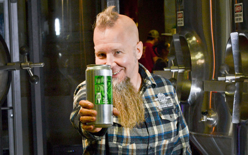 INDEPENDENT BREWER MILESTONE: 3,000 SIGN FOR THE SEAL
